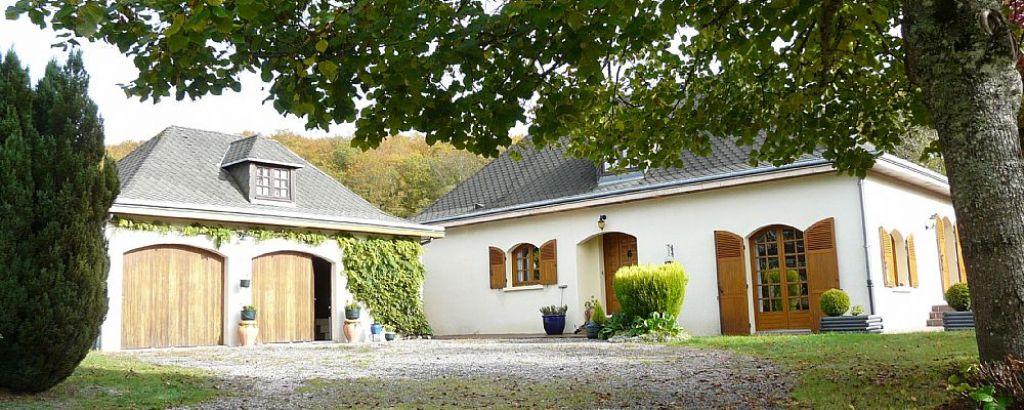 Maison classique traditionnelle des années 86/87, biens immobilier 5.66 1, OUEST CLERMONT-FD - PUY-DE-DÔME